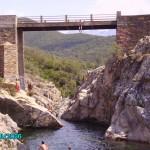 Brückenspringen auf Korsika