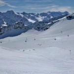 Snowboarden auf dem Tiefenbachgletscher im Ötztal