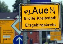 Ortsschild von Plauen / Aue